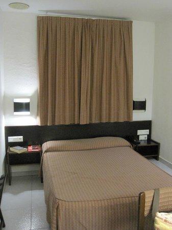Hotel Monegal: Habitación