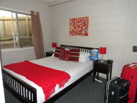 Airlie Apartments: Habitación