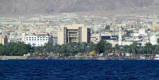 DoubleTree by Hilton Hotel Aqaba : Hotellet sett fra sjøsiden