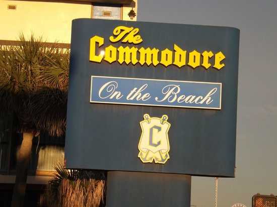 "Commodore on the Beach: Commodore ""not on beach"""