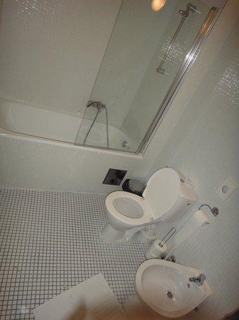 Royal Route Mansions: ванная