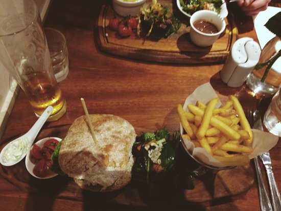 Greenes Restaurant: Lamb burger