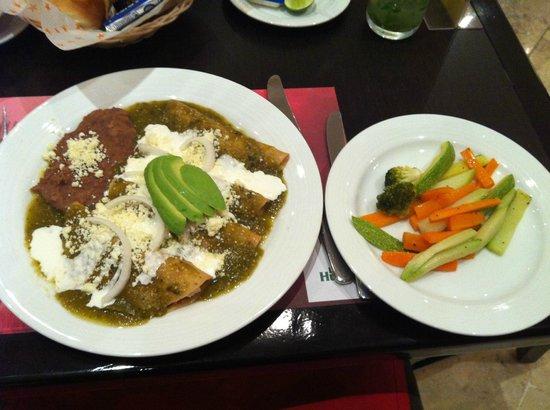 Camino Real Guanajuato : Food