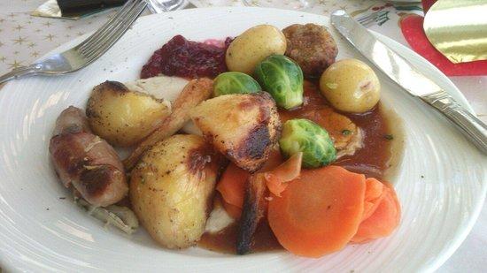 Mansion Lions Hotel: Christmas dinner filled me up