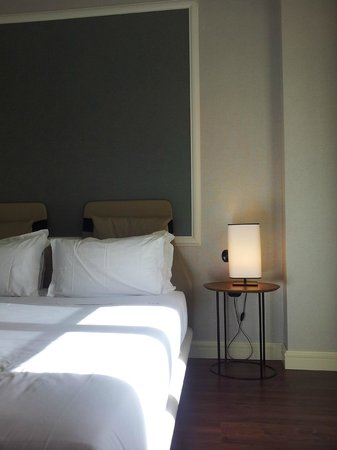 INNSIDE Madrid Genova : habitación