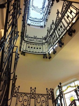 Hotel Sardinero Madrid: escalera
