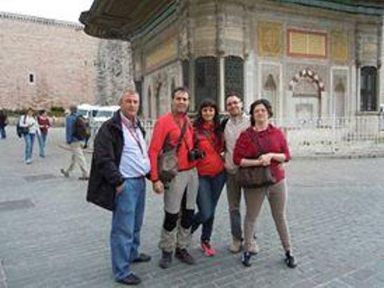 Historical Istanbul Tours: Amici del triveneto dell'Italia. Ruth originario de Mexico