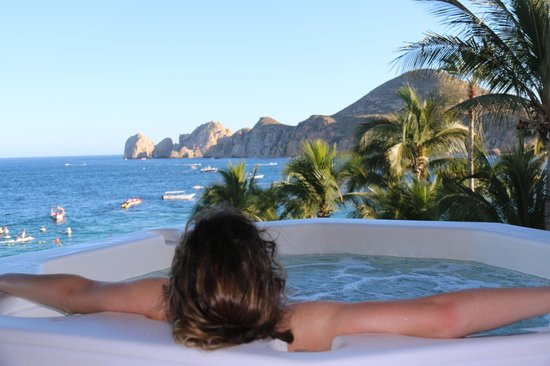 Cabo Villas Beach Resort: Jacuzzi on deck
