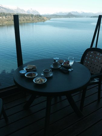 Charming - Luxury Lodge & Private Spa: breakfast with a view
