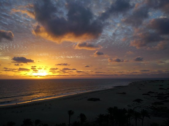 ClubHotel Riu Oliva Beach Resort: Sunrise on Christmas Eve