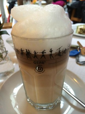 Restaurant Cafe Kostbar: Latte macchiato