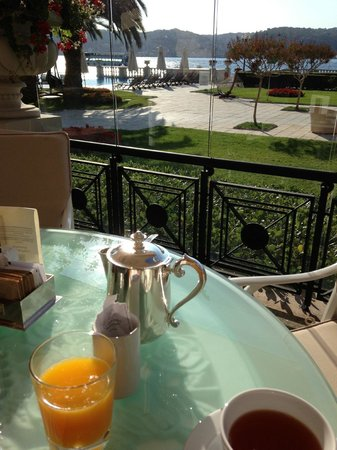 Ciragan Palace Kempinski Istanbul: ontbijt