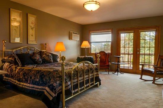 Brookside Bed & Breakfast : Veranda