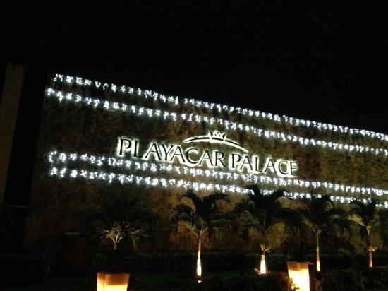 Playacar Palace: near entrance