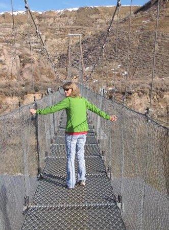Rosedale Suspension Bridge: crossing the bridge