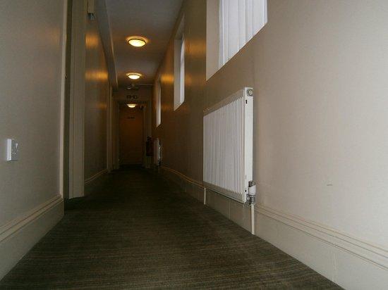 Comfort Inn London - Edgware Road : Corridoio primo piano