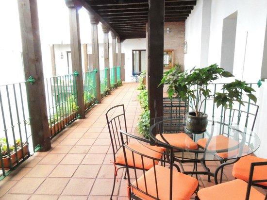 El Rey Moro Hotel Boutique Sevilla: rumbo a la habitación