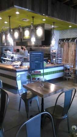 Modern Grove: Fast-casual breakfast, lunch, happy hour, dinner