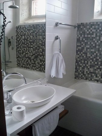 Hotel Katajanokka: bathroom1