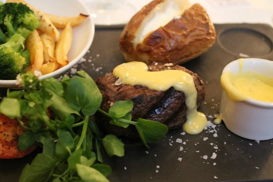 Homage at The Waldorf Hilton: Filet of Beef