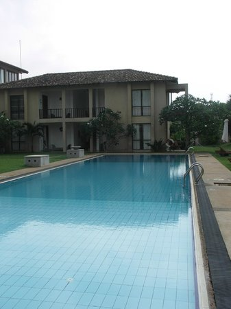 Mandara Resort : Here is the pool with the LED lights