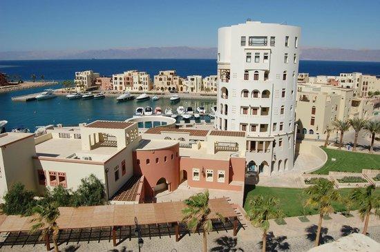 Marina Plaza Hotel Tala Bay: Tala Bay en hotel Marina Plaza