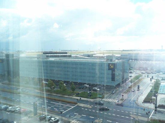 Clarion Hotel Copenhagen Airport: view2