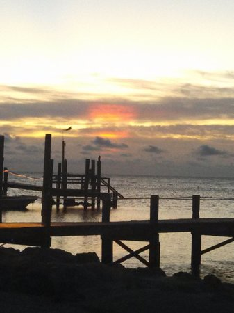 Seashell Beach Resort: Sunrise from our Patio