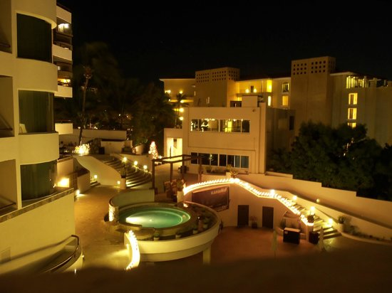 Cabo Villas Beach Resort: The night view