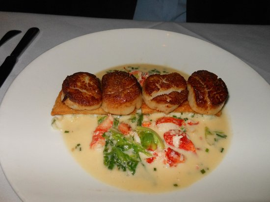 Peninsula Grill : Seared scallops