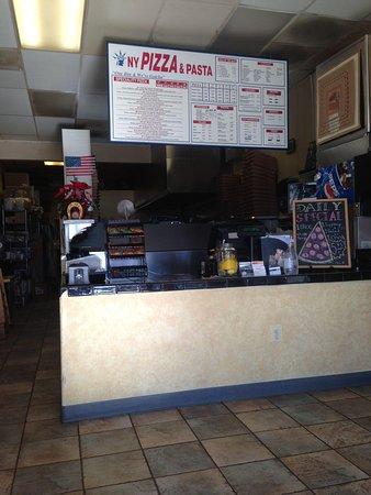 NY Pizza and Pasta: Order at the counter