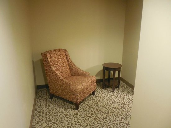BEST WESTERN PLUS Intercourse Village Inn & Suites: Sitting Room