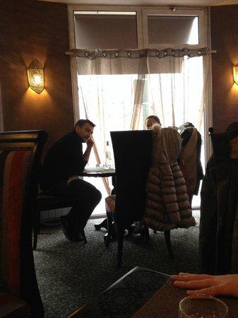 Gout D'argan Levallois : tables