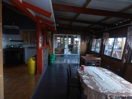 Camping Mihinoa : cocina limpia