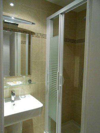 Hotel Agenor: Nice bathroom