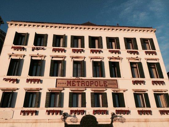 Metropole Hotel : Esterno - facciata hotel