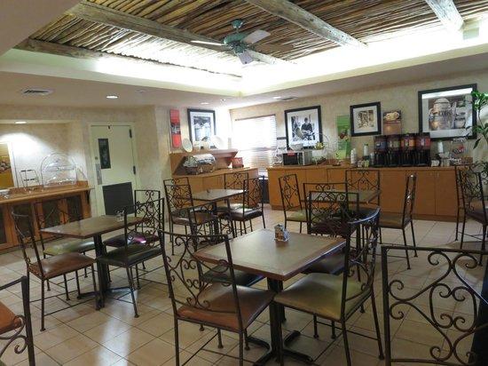 Hampton Inn Phoenix/Scottsdale at Shea Blvd: breakfast area
