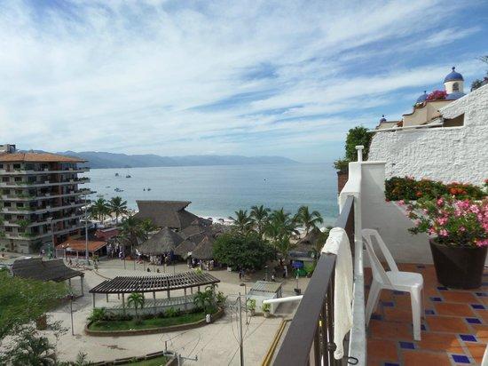 Eloisa Hotel : rooftop terrace