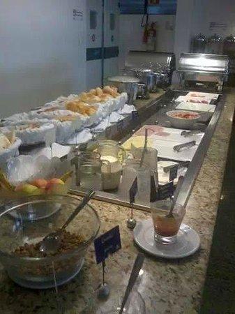 Marinas Maceio Hotel: café da manhã