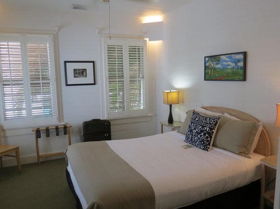 Eden House : First bedroom with porch