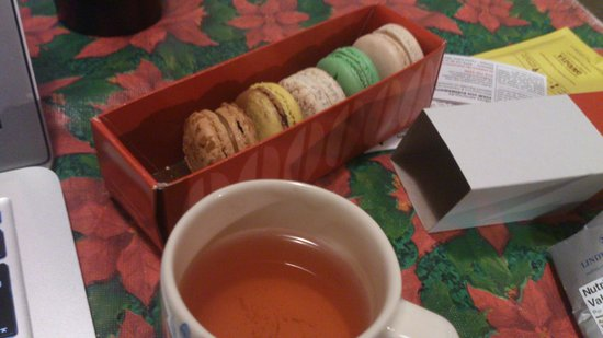 La Maison Du Macaron: box of 6 after i finished the nougat flavour