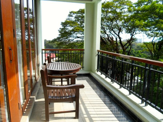 Chatrium Hotel Royal Lake Yangon: The balcony of my suite with a view of the park