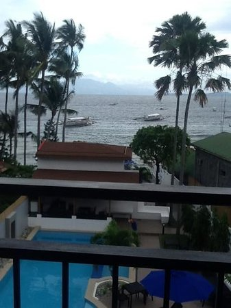 The Verandah Restaurant : and this is the view from the Verandah