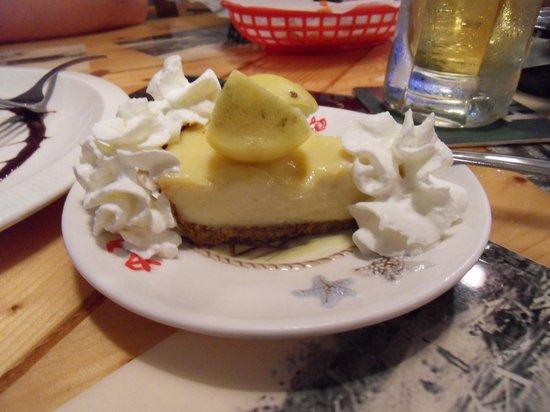 Category Three Bar & Grill: Key lime pie