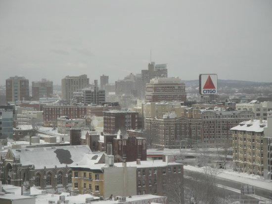 Hilton Boston Back Bay : famous Fenwick Citgo sign during blizzard