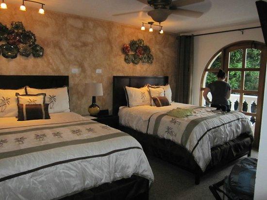 Hotel Buena Vista : SUPERIOR BALCONY ROOM – 2 QUEEN BEDS