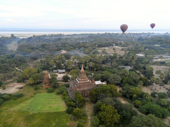 Balloons over Bagan: A Temple View, from the balloon