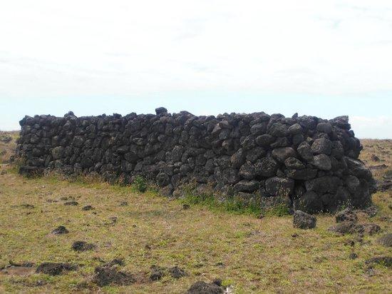 Ahu Huri a Urenga: casas de alrededor