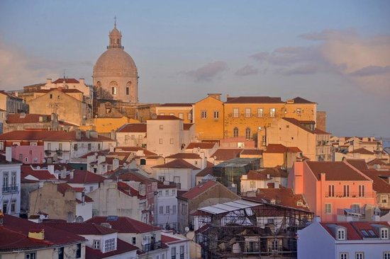 Alfama: View from Portas do Sol