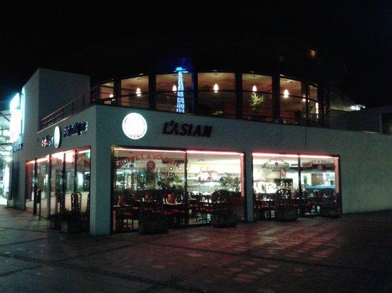 L'Asian: Vue extérieure du restaurant